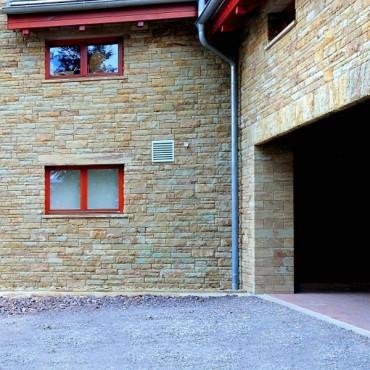 Ausführung der Steinfassade - Color Sandstone